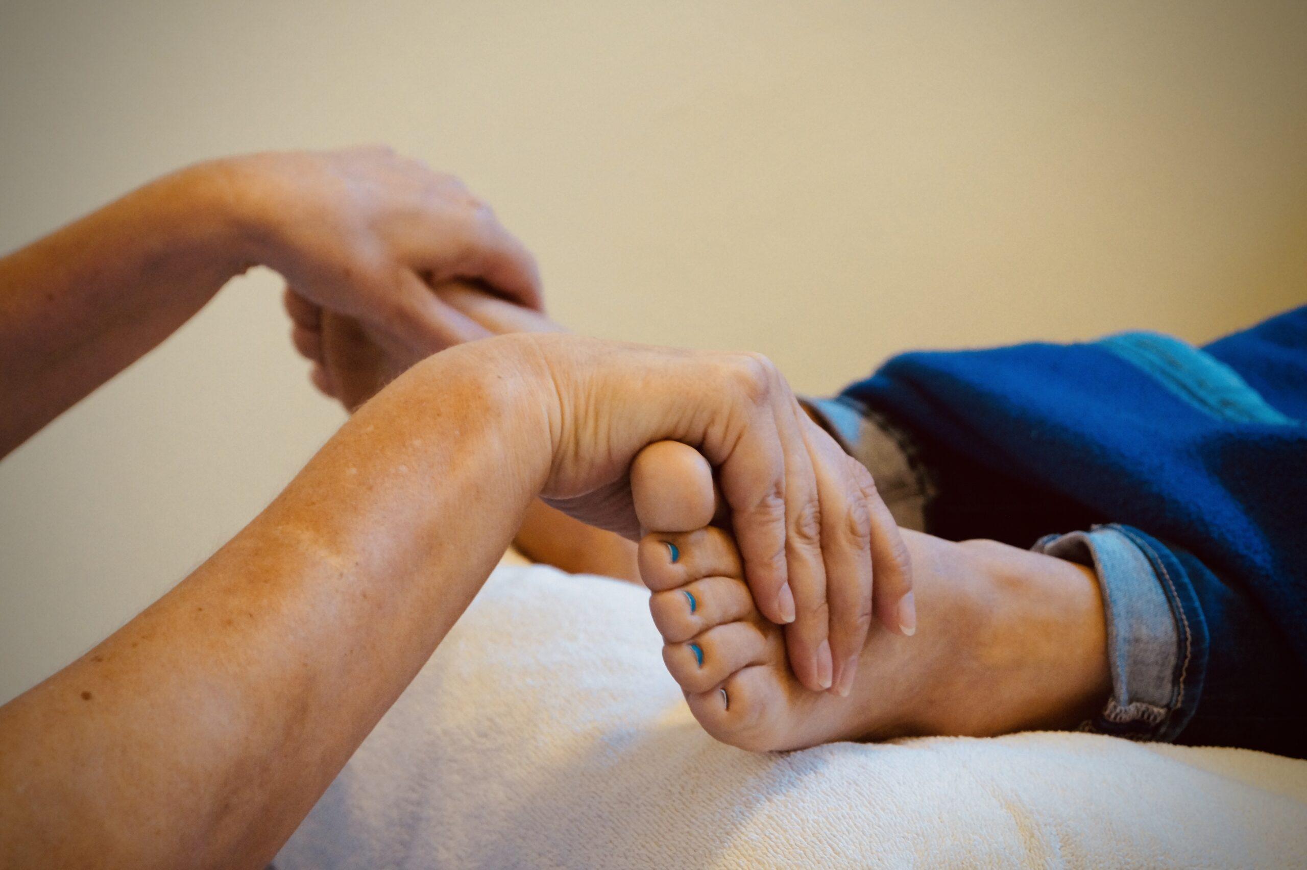 Reflexzonentherapie am Fuß nach Hanne Marquardt (RZF)